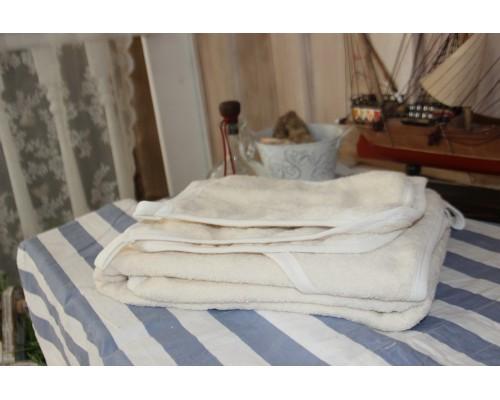 Банный комплект 3 предмета(полотенце-уголок 1м*1м+ рукавичка + полотенце 30*50 см.)